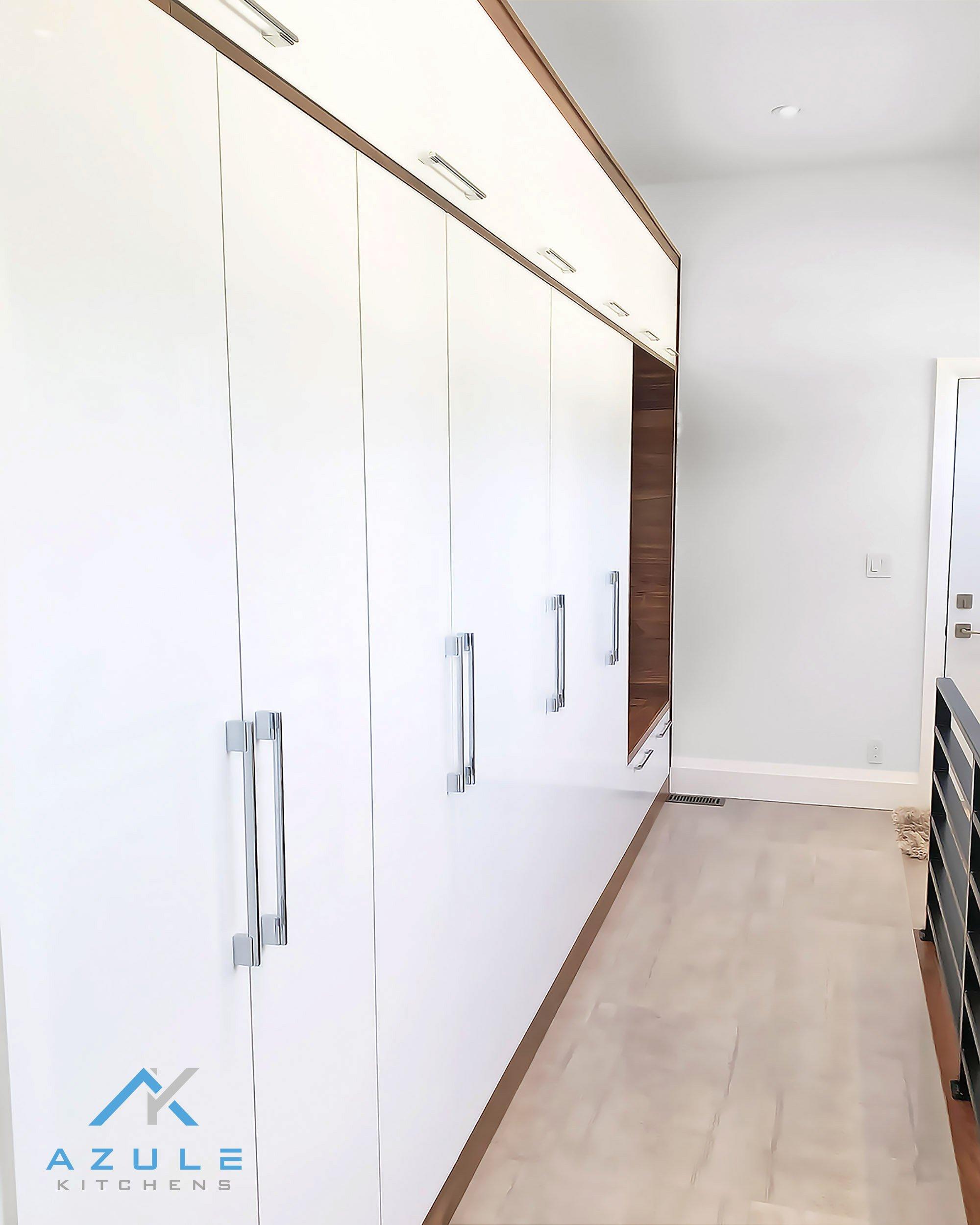 Azule Kitchens White And Walnut Modern Bethany Tilstra