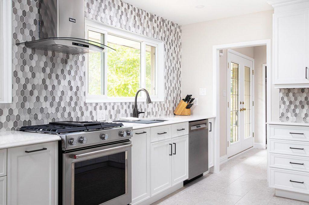 Custom Kitchen Cabinets Dundas Hamilton Ontaro By Azule Kitchens