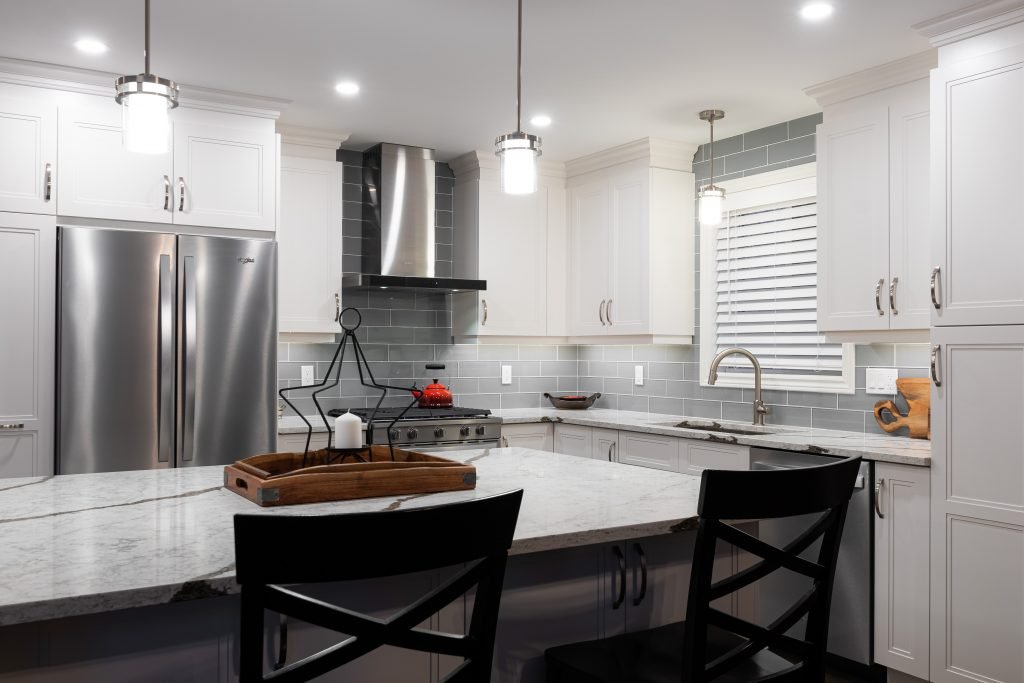 Azule Kitchens - Custom Kitchen Cabinetry Services