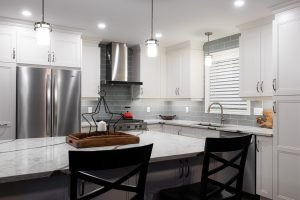 Azule Kitchens – Modern Cabinets and Color Trends