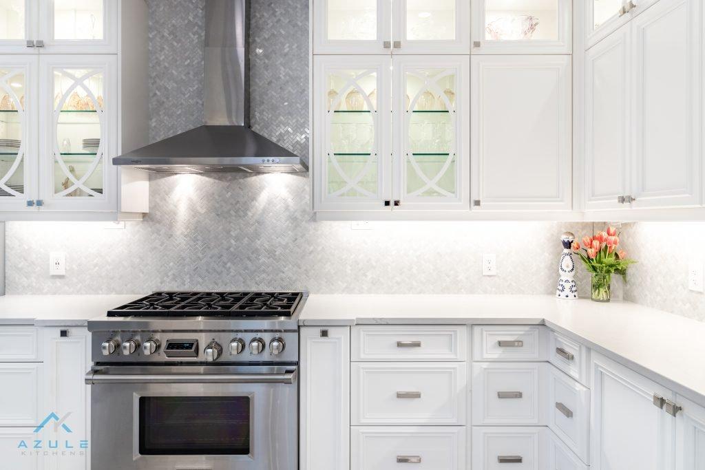 Azule Kitchens E27