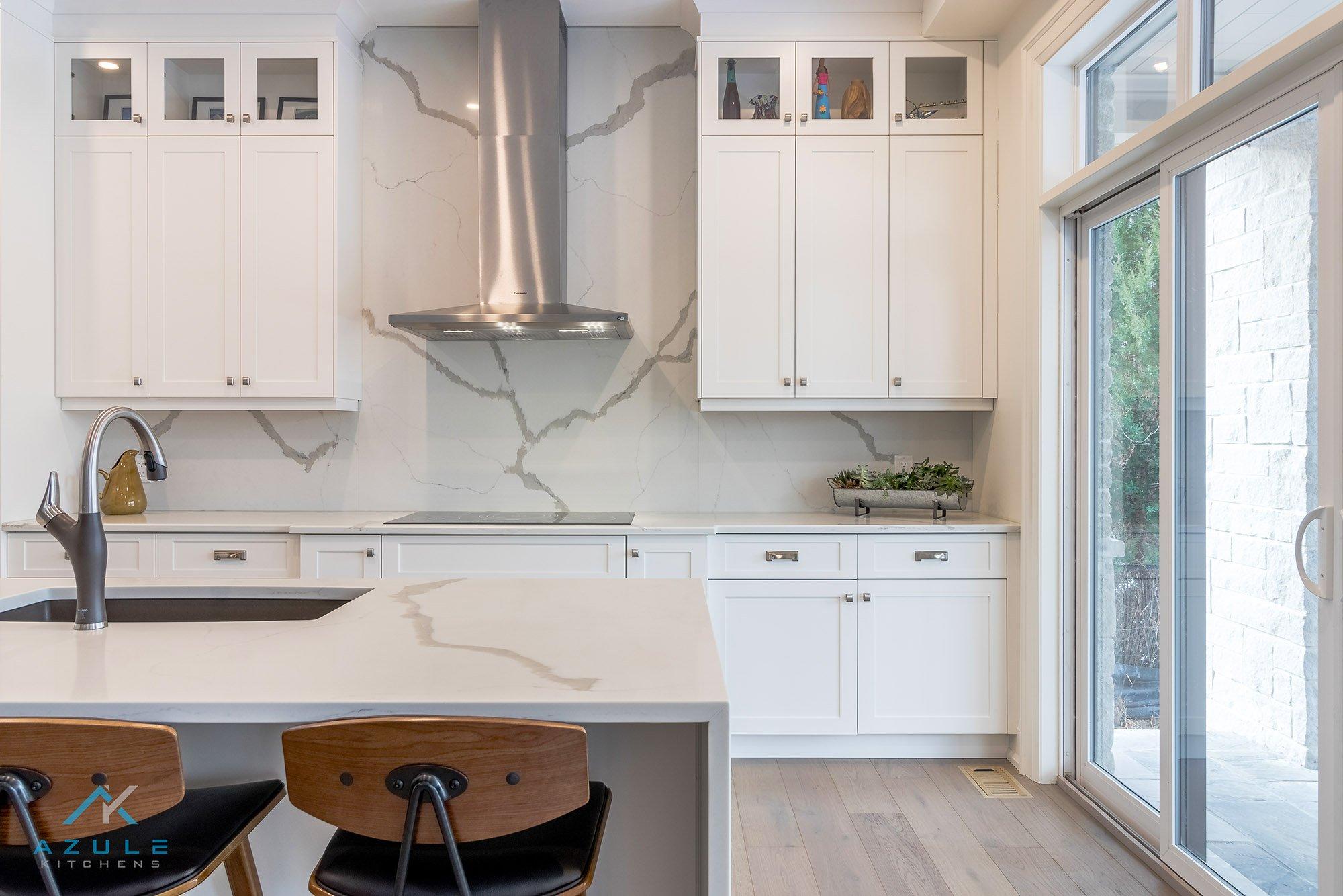 Oakville Kitchen Cabinets